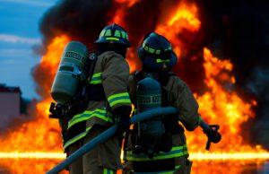 Feuerwehr-brand-haus
