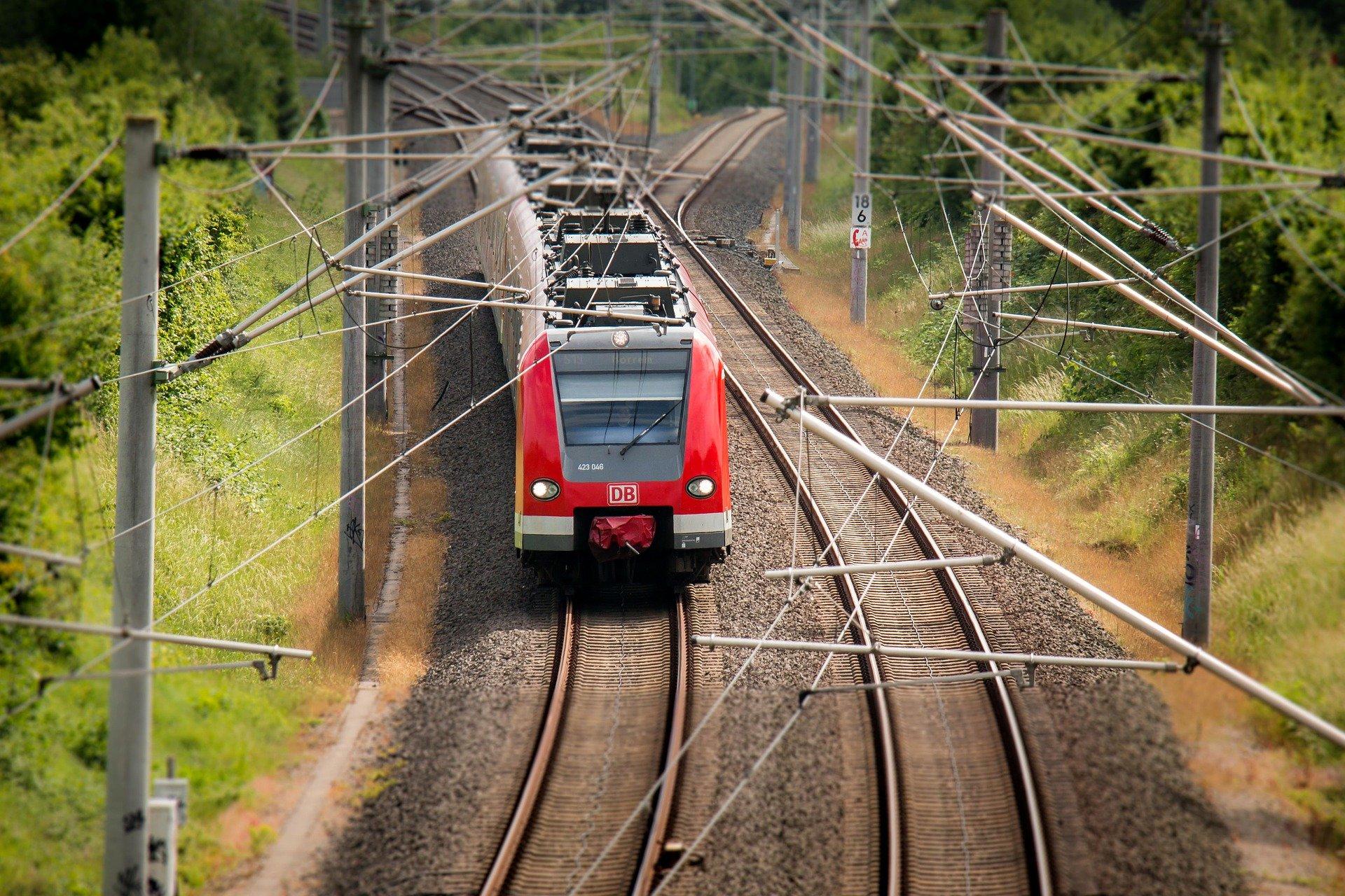 Zug-Deutsche-Bahn